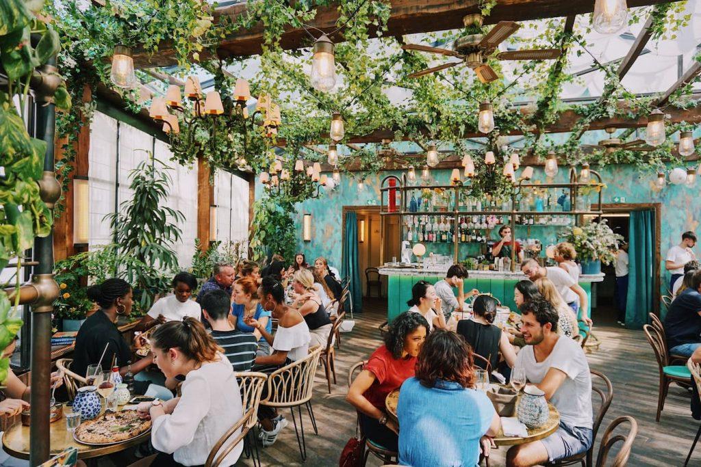 attirare clienti nel ristorante food marketing